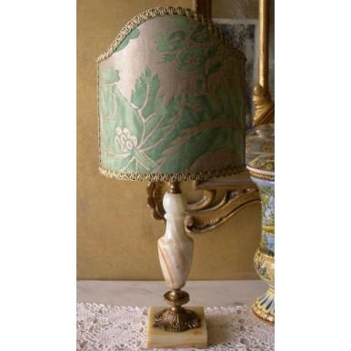 Lampada da Tavolo Vintage in Onice con Paralume in Tessuto Fortuny Olimpia Verde e Oro