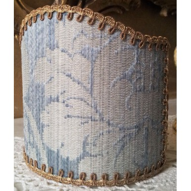 Abat Jour à Pince en Tissu Damas de Soie Rubelli Ruzante Bleu Clair