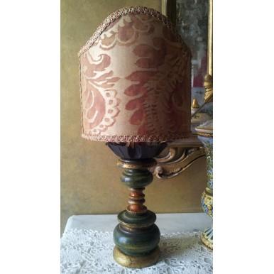 Vintage Lampe de Table en Bois Patine Vert et Or avec Abat Jour à Pince en Tissu Fortuny Sevigne