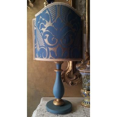 Vintage Lampe de Table en Bois Patiné Bleu et Or avec Abat Jour en Tissu Rubelli