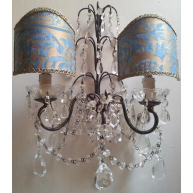 Coppia di Appliques Vintage a 2 Luci con Gocce e Ventoline in Tessuto Fortuny