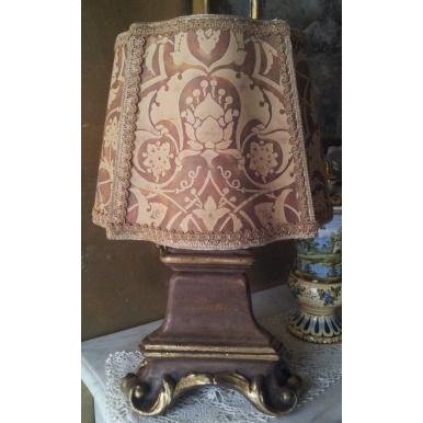 Lampe de Table en Bois Sculpté et Doré avec Abat Jour en Tissu Fortuny Persepolis