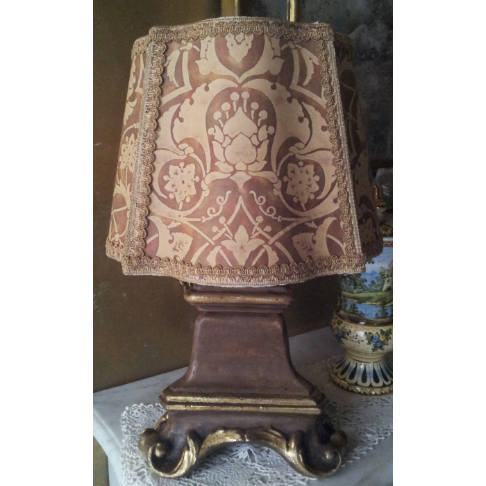 Italian Carved and Gilt Wood Candlestick Table Lamp with Fortuny Fabric Florentine Lamp Shade
