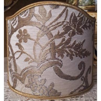 Abat Jour Demi Lune à Pince en Tissu Brocart de Soie Rubelli Madama Butterfly Ivoire et Or