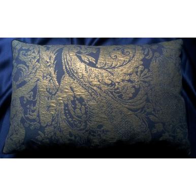 Housse de Coussin Fait Main en Tissu Lampas Rubelli Re Mida Bleu Violet et Or