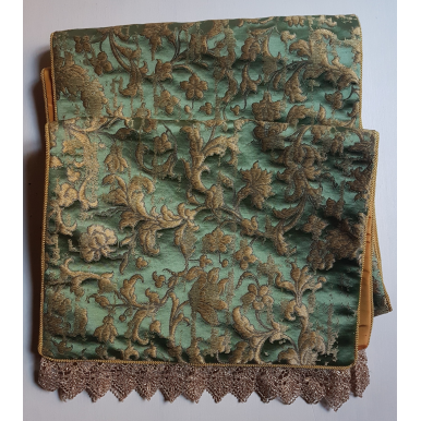 Luxury Table Runner Green & Gold Silk Jacquard Rubelli Fabric Les Indes Galantes Pattern with Gold Lace Trim