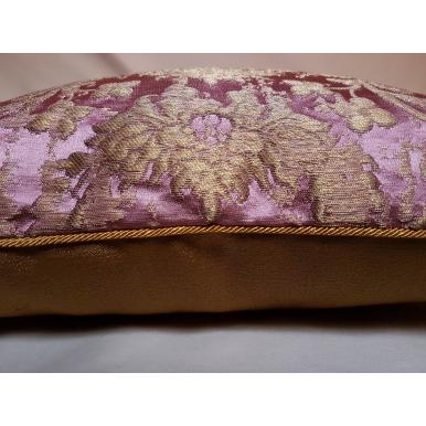Fodera per Cuscino in Tessuto Jacquard di Seta Rubelli Les Indes Galantes Rosa e Oro