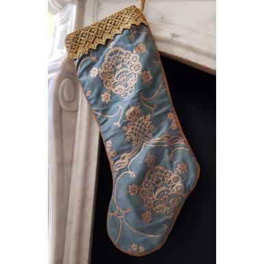 Chaussette de Noël Fait Main en Tissu Fortuny Veronese Bleu et Or