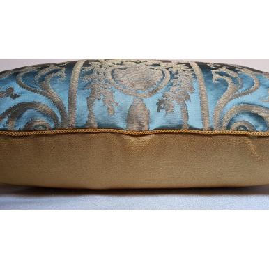 Fodera per Cuscino in Tessuto Broccato di Seta Rubelli Aida Azzurro e Oro